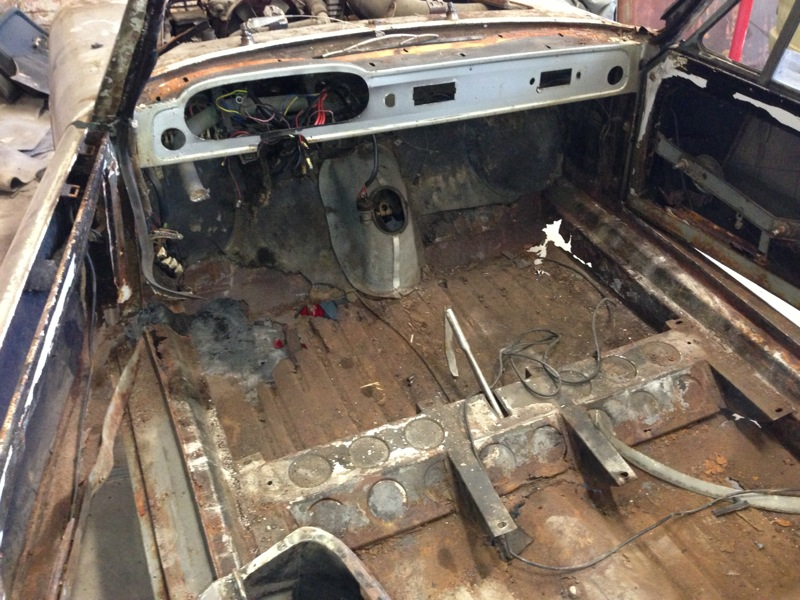 Lancia Flavia Vignale floor in starting point condition